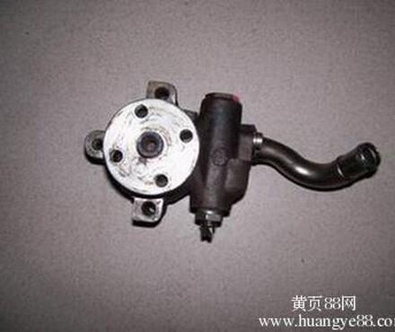低价供应福特蒙迪欧方向机助力泵,水泵,冷凝器等汽车配件高清图片